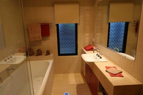 bath & bathroom in Custom built home Hervey Bay - Steve Bagnall Homes