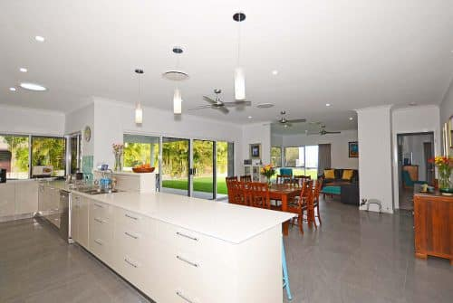Wide rustic living room - Custom home design Hervey Bay